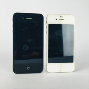 2st Apple iPhone 4 & 4S, A1332 & A1387 Defekta